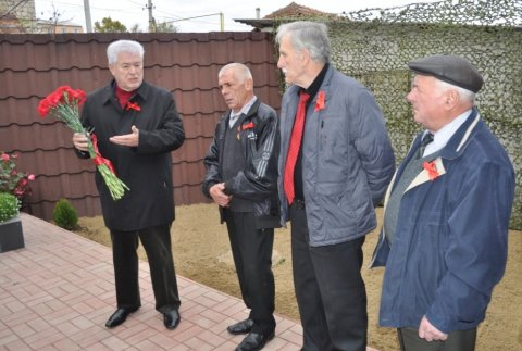 Знаковое событие: Бюст Ленину установлен в Страшенах