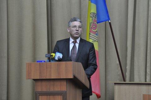 Vom ridica Moldova din genunchi!